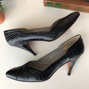 Vintage Evan Picone Classic Leather Pumps